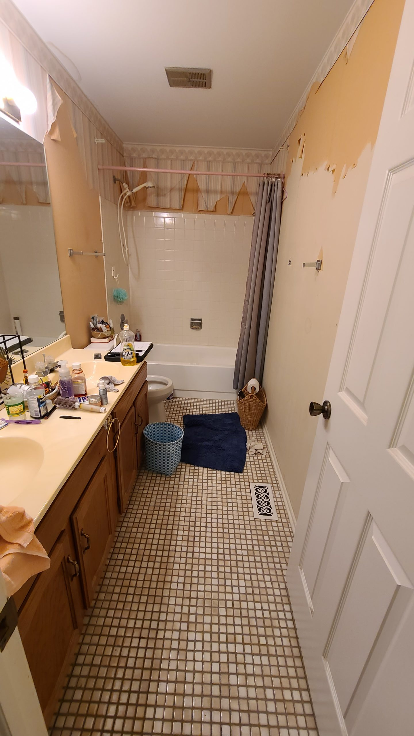 before buffalo grove il bathroom
